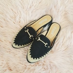 Dazzle Black and Gold Flats s7